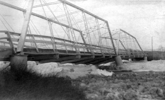 eniis_bridge_gorge